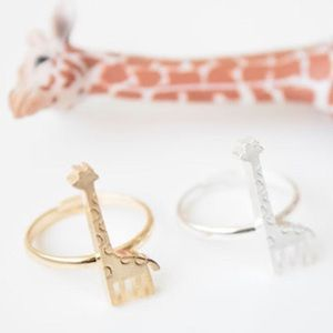 Boutique 14k gold giraffe ring new size 6.5